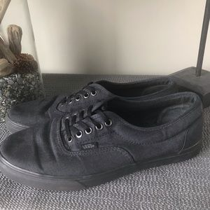 Vans Classic Black Canvas Lace Up Sneakers